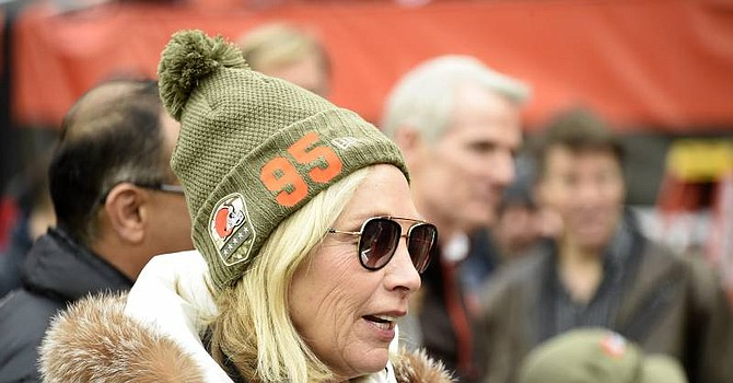 Browns owner Dee Haslam supported helmet-swinger Myles Garrett. (Bleacherreport.com)