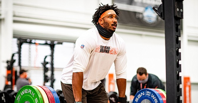 Can Myles Garrett lift his game to justify his $125 million contract? (clevelandbrowns.com)