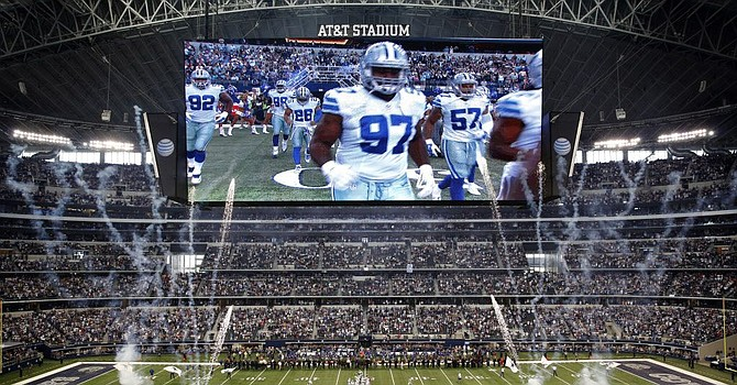 Many Browns will be making a homecoming when they play the Cowboys in AT&T Stadium, aka Jerry's World. (Dallas Morning News)