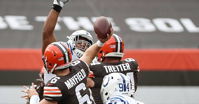 Baker Mayfield's passer rating is more than 80 points lower in the second halves of the Browns' four wins. (USAToday)
