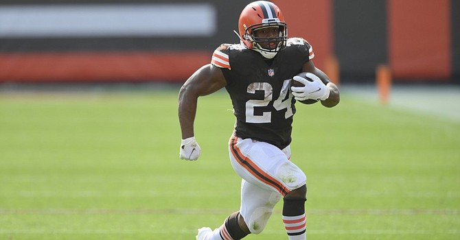 Nick Chubb's return from a knee injury allos the Browns to return to their running identity in the stretch run for a playoff berth. (News5Cleveland)
