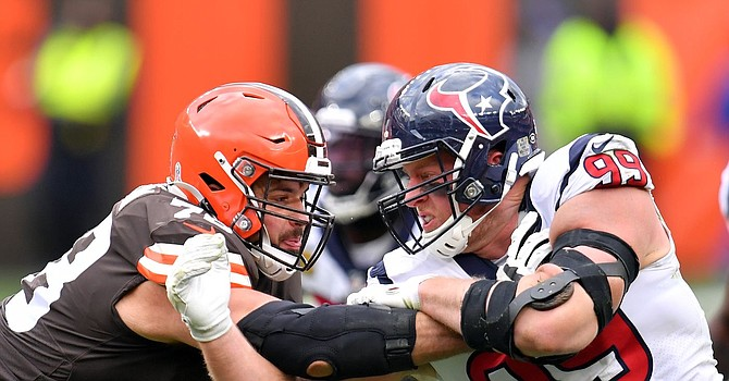 Weather conditions led to a defensive battle at FirstEnergy Stadium Sunday afternoon. (Jason Miller/Getty Images)